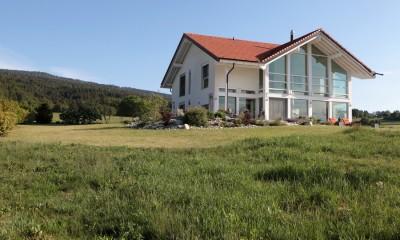 Prairie, lawn and gravel garden